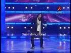 Sonu Nigam Showing His Versatility Live